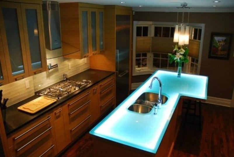 продам : Стеклянный стол на кухню OS-12M